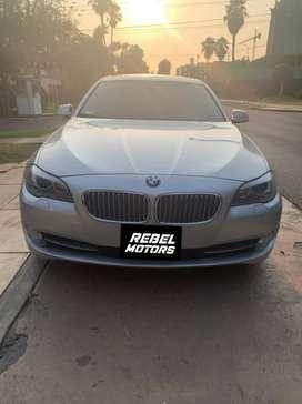 800. BMW 535i