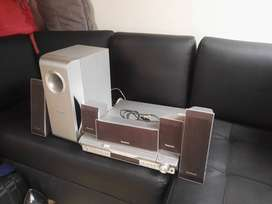 Panasonic sc-ht440 5 DVD teatro en casa