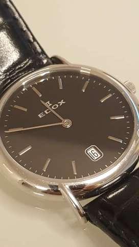 Reloj Edox Suizo, fondo negro con plata