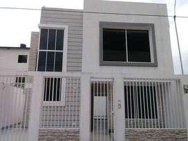 Hermosa casa de venta por estrenar en Acuarela del Río, 3 dormitorios.