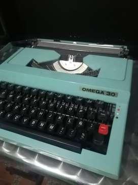 Máquina de escribir Omega 30