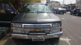 Camioneta Chevrolet Silverado Negra