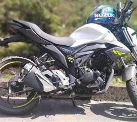 A la venta moto susuki/gixxer con 1 año y medio de uso