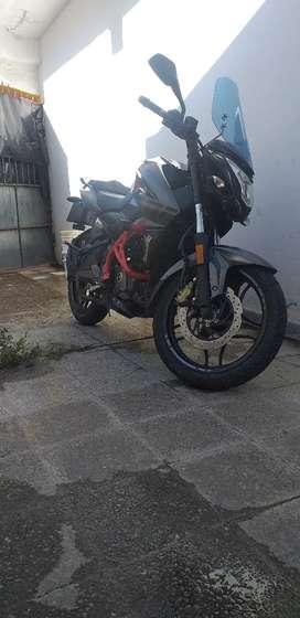 Moto ns 200 rouser 2018