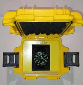 Reloj Invicta TRINITE nigth glow Modelo #1107