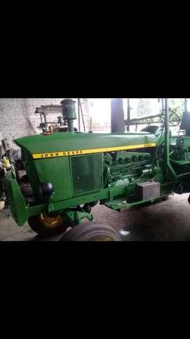 Vendo Tractor John Deere Mod 74 Petiso