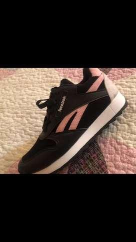 Vendo zapatillas Reebok