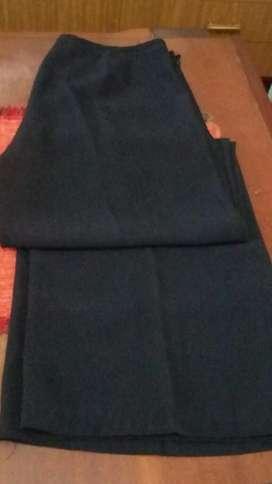 Blusa de Gasa Estampada con Base Negra