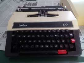 Maquina de Escribir Brother 300 Japan