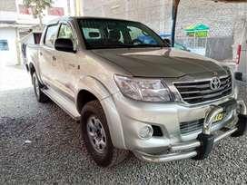 Toyota Hilux 2012 4x4 Turbo