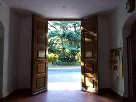 LOTE 974 m². INMEJORABLE UBICACIÓN. PERMUTO. FINANCIO.