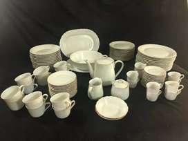 Juego de porcelana Tsuji 91 piezas blanco con borde dorado
