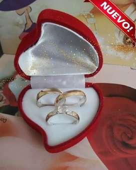 Set oro nacional de 18K y plata ley 925 con diseño anillo con cristal suizos