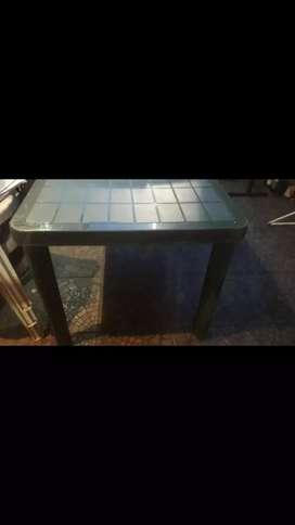 Mesa de jardin (plastico)