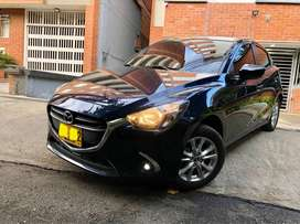 Mazda 2 2018 azul meralizado