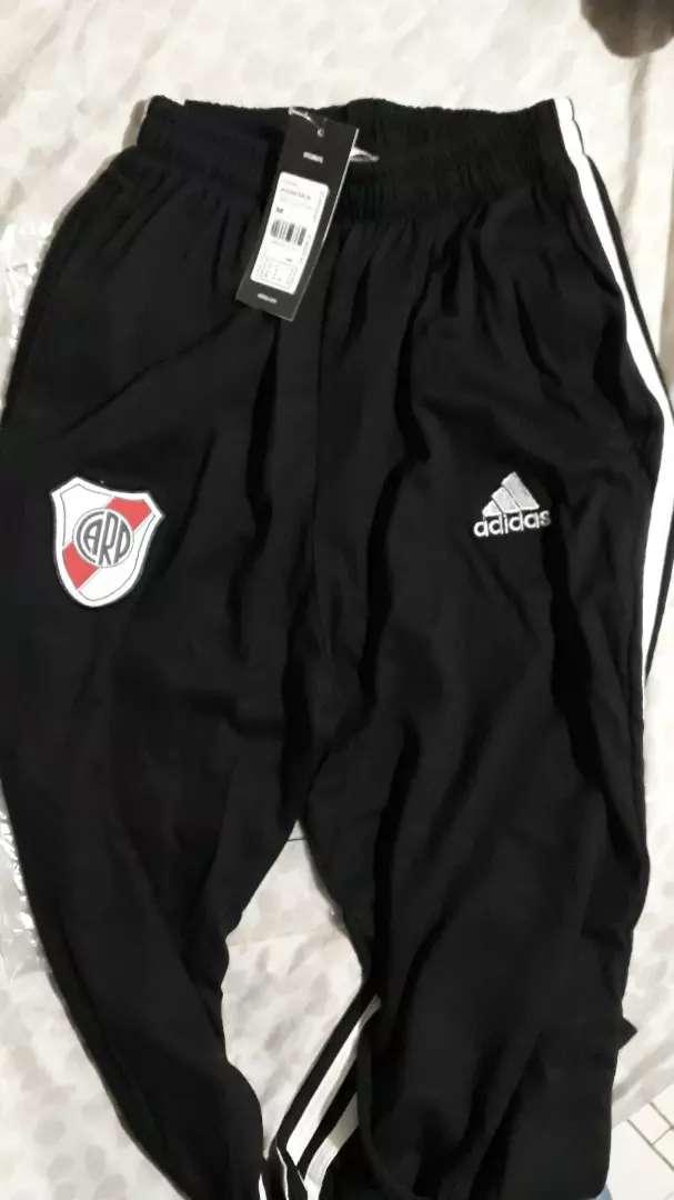 Pantalon River Plate con cierre en tobillo 0