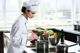 Se requiere cocinero/a con experiencia