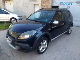 SANDERO STEPWAY IMPECABLE PERMUTO!!!