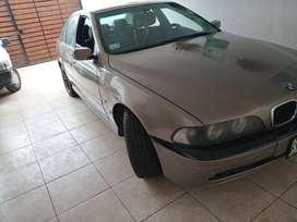 Vendo mi BMW 525i 2001