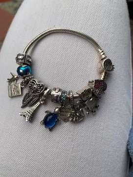 Pandora en plata ley925