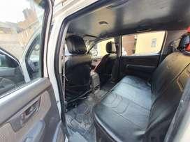 Ocasión vendo mi camioneta 4x4 Sr Toyota  Hilux