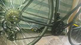 Bicicleta de ruta clasica en acero reynolds 531