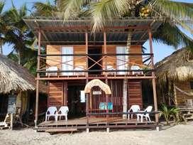 venpermuto hostal en Magdalena Santa Marta, playa Mendihuaca