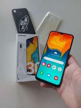 Samsung galaxy A30 igual a nuevo