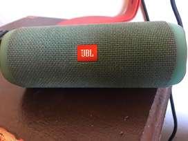 Parlante JBL flip 4 (usado)