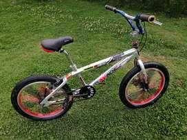 Bicicleta BMX edición especial de Winchi Bike