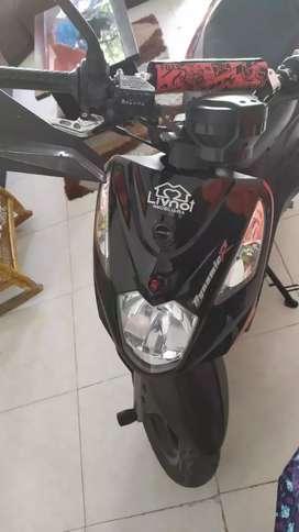 Vendo moto AKT