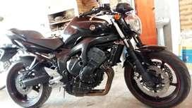 Vendo Yamaha Fz6 Nahg 600 c.c. S2 modelo 2009. Recibo vehículo de mi interés