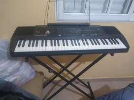 Vendo hermoso teclado