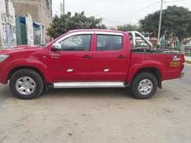 Vendo camioneta Toyota Hilux