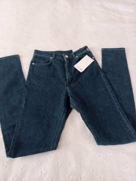jeans dama Lacoste talla 8 original comprado en Europa