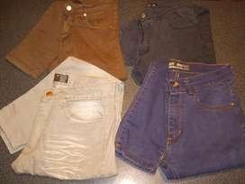 Pantalones jeans como nuevos