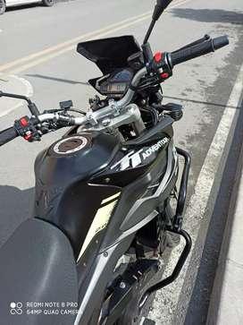 Moto akt 250 aventure