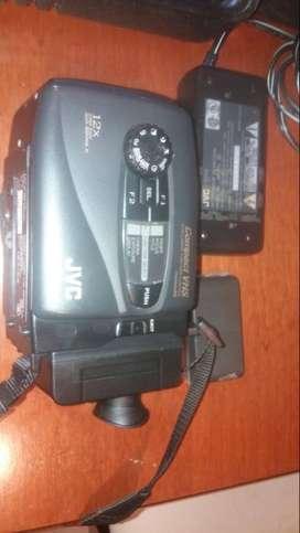 Camara Video Jvc Gr-ax210u Vintage Con Cargador Y Bateria