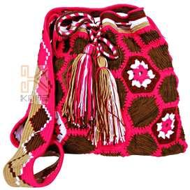 Mochila en tejido wayuu y textil