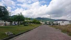 Venta de terreno en Punta Esmeralda via a la costa, frente al Mi Comisariato