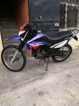 Vendo Moto SemiNueva Dukare año 2019 Poco Uso