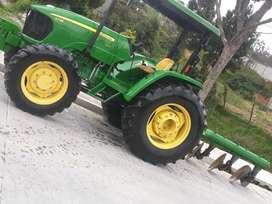 Tractor agrícola john deere 5725 turbo, año 1024, en exelentes condiciones