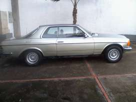 Se vende Mercedez 2.3 coupe modelo 83