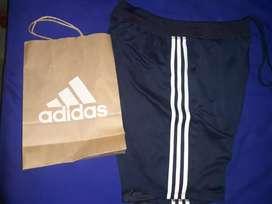 Shorts marca Adidas talla M