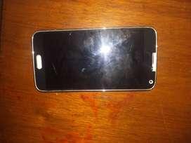 VENDO UN TELEFONO SAMSUNG  S5 EN BUEN ESTADO