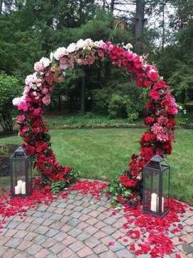 alquiler de aros para decoración de bodas y mesas para fondos