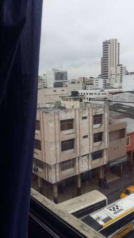 SE VENDE DEPARTAMENTO  5TO PISO EN CENTRO DE GUAYAQUIL  $39.500  CONTADO FIJOS