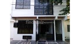 GANGA!! Casa rentable de 3 pisos cerca a la universidad cooperativa