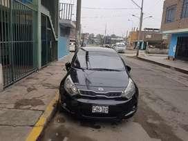 VENDO KIA RIO HB DELUXE 2012