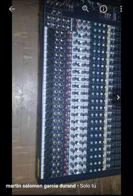 Mezcladora soundcraft 20 canales